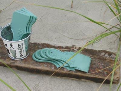 Wax-Buddys-Display-on-Wood-Plank1